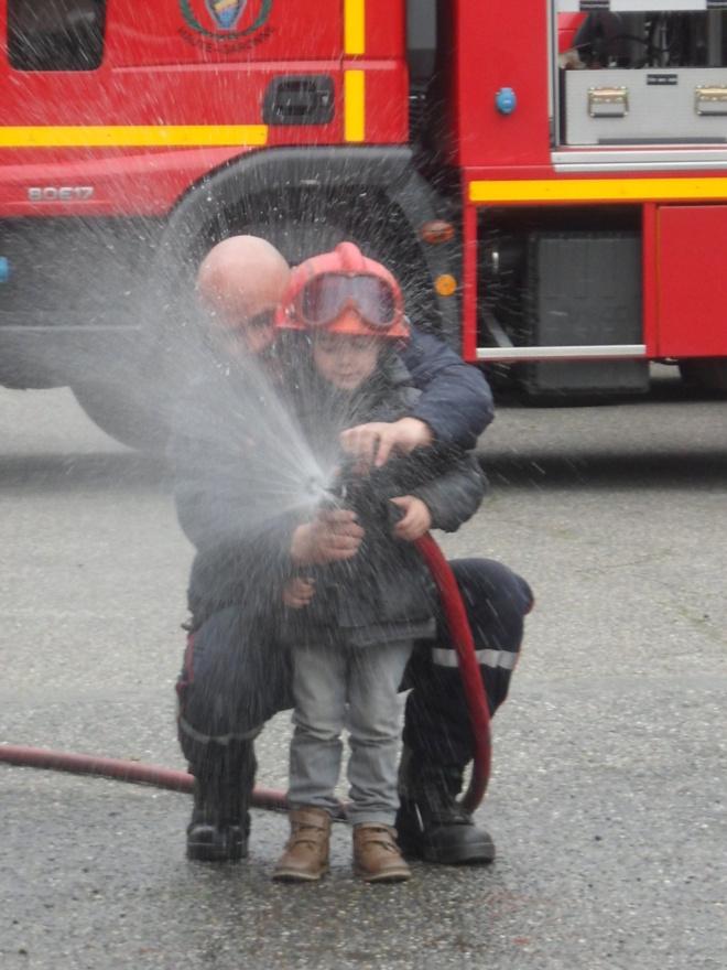 Au feu les pompiers, lalala...