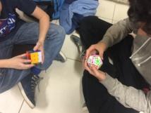 Quand les élèves prennent des initiatives pour mutualister leurs compétences